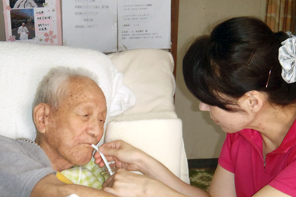 20151030_visitingcare-hope_01